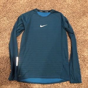 Nike Blue Men's Aeroreact Shirt